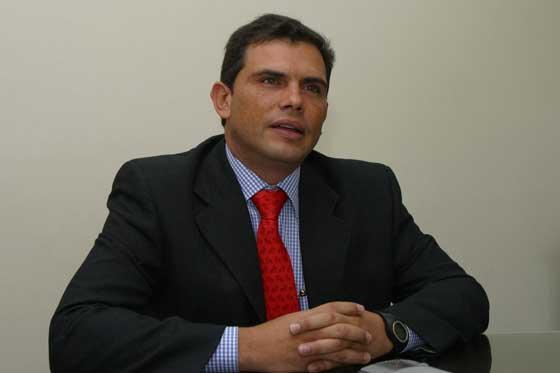Ex senador Álvaro Araújo