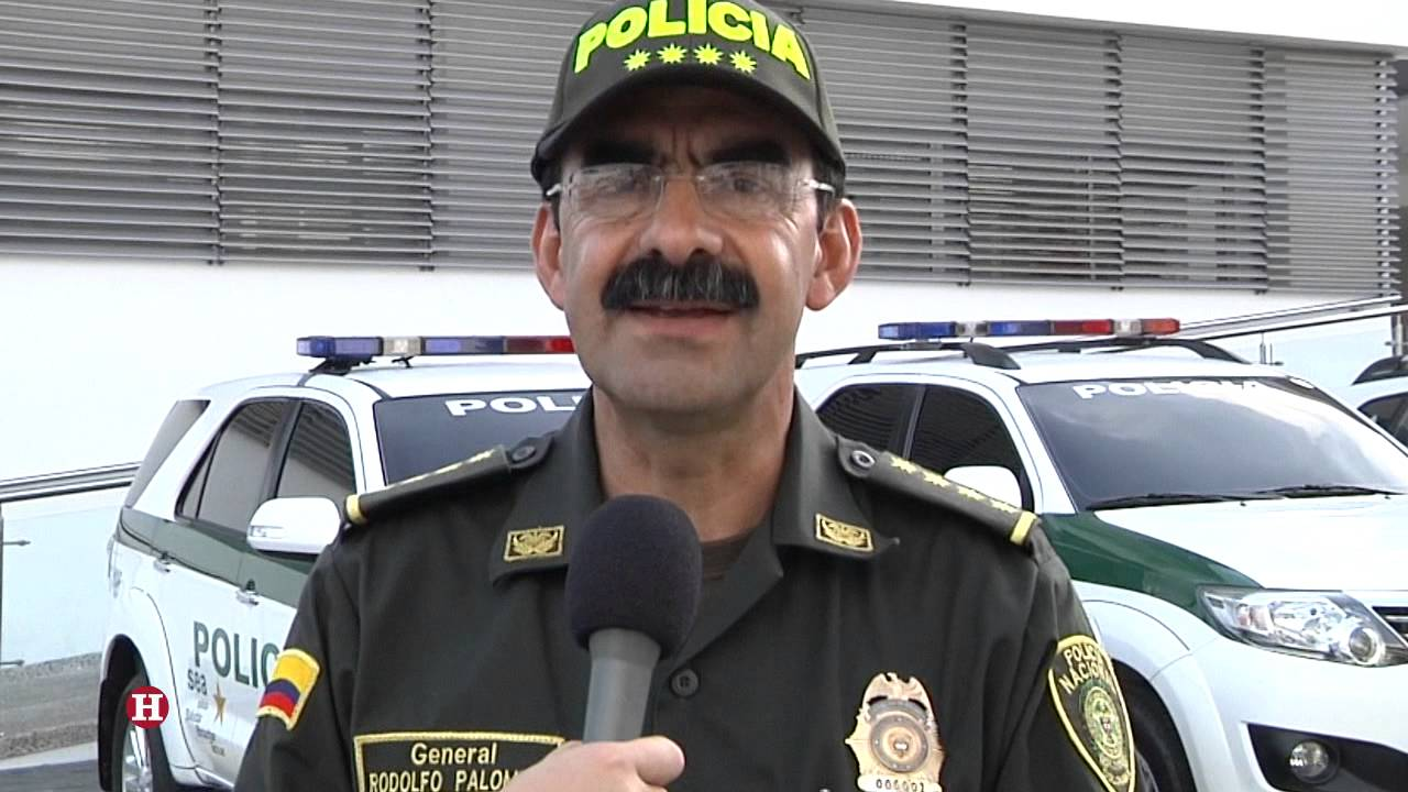 El General Rodolfo Palomino dejó su cargo a disposición del Presidente Juan Manuel Santos