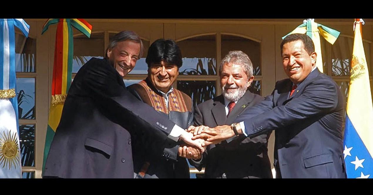 Chavez, Lula, Evo y Nestor